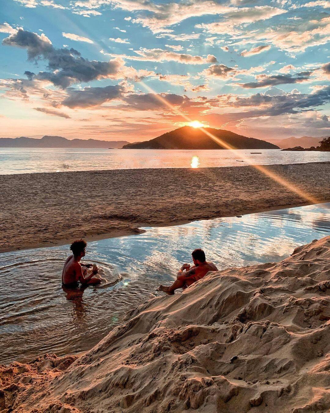 Por ter campings e quiosques, Ponta Aguda é boa opção de hospedagem. Foto: Reprodução/Instagram