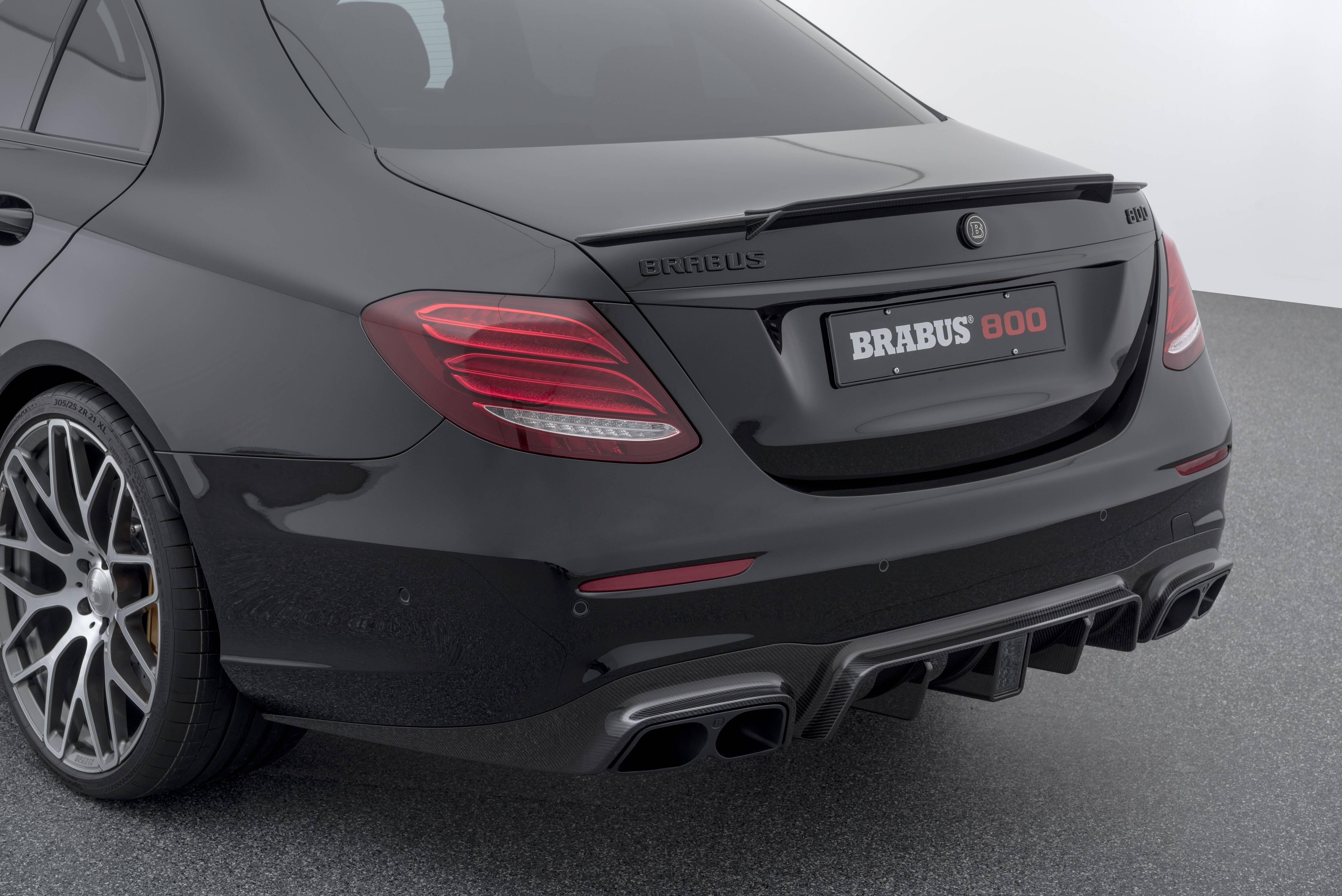 Mercedes-Benz E63 AMG Brabus 800. Foto: Divulgação