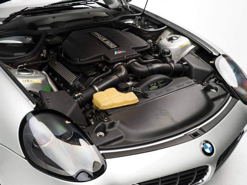BMW Z8. Foto: Divulgação