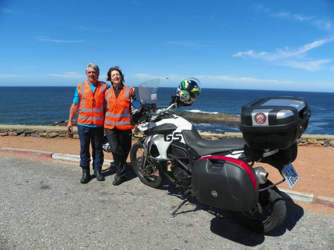 Deise e seu marido, Marco, em uma de suas viagens de moto. Foto: Acervo pessoal