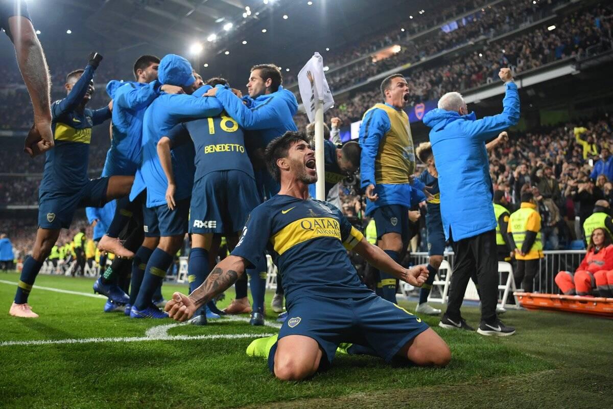 Jogadores do Boca Juniors comemoram o gol de Benedetto na Libertadores. Foto: AS.com / Reprodução