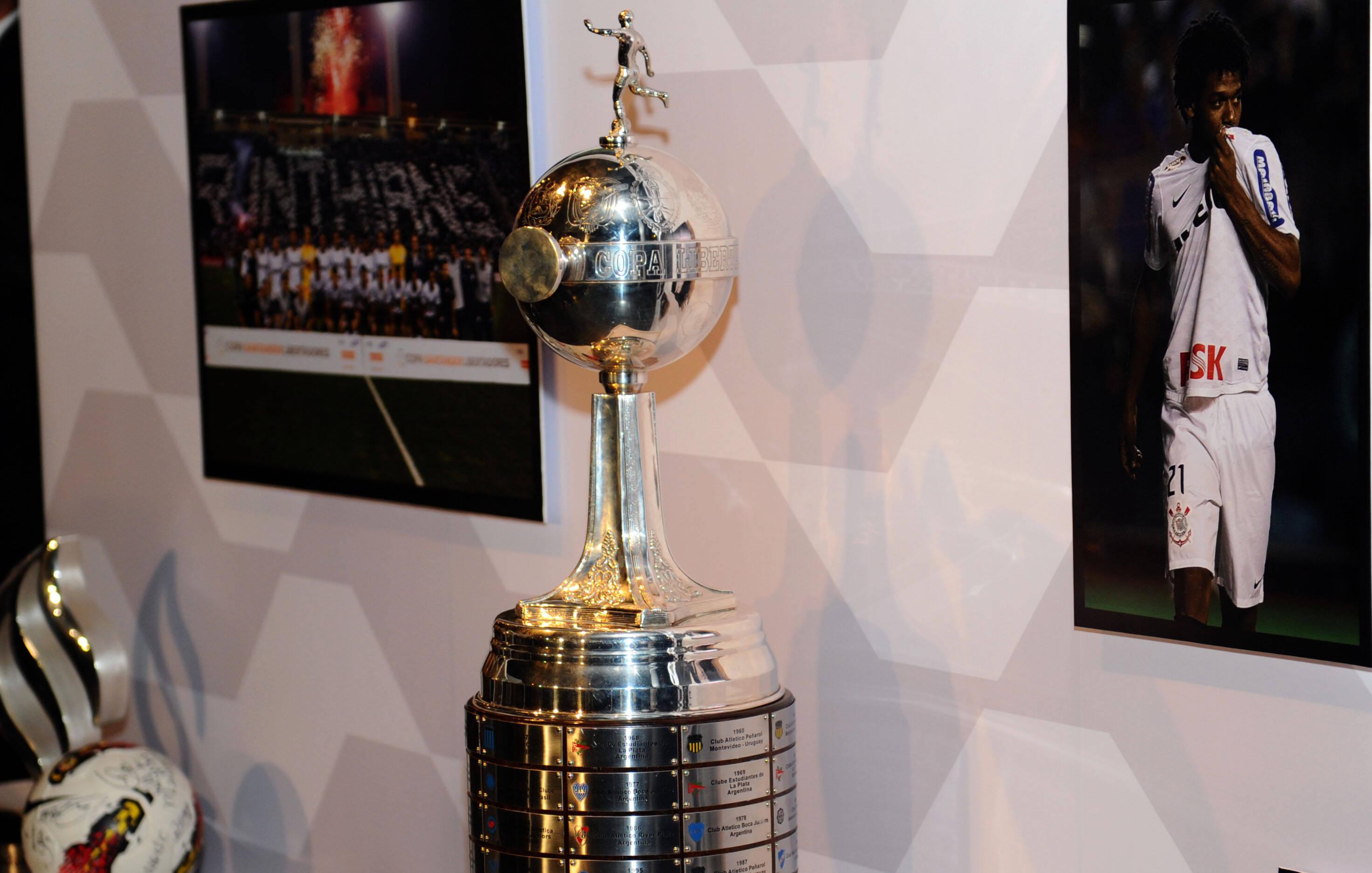 Depois de também passar pelo Boca Juniors, o Corinthians se tornou campeão da Libertadores em 2012 de maneira invicta. Foto: Gazeta Press