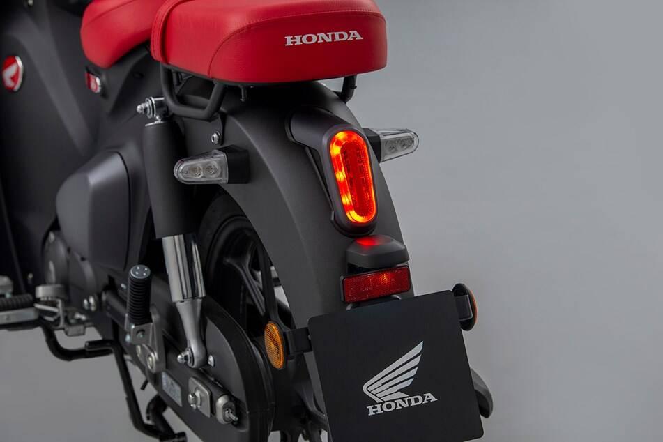 Desde o lançamento em 1958, a Honda C 125 Super Cub já conta com mais de 60 milhões de unidades produzidas.. Foto: Divulgação