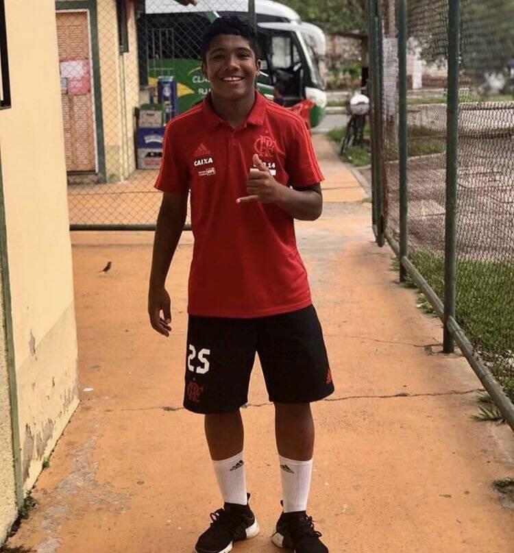 Vitor Isaías, conhecido como Vitinho no Flamengo, morreu na tragédia. Foto: Twitter/Reprodução