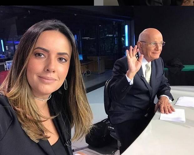 Ricardo Boechat e Paloma Tocci fazem selfie antes do . Foto: Reprodução / TV Band / Instagram