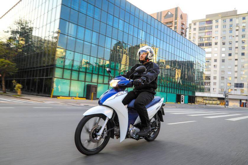 Honda Biz 125 e Biz 110i 2022. Foto: Divulgação
