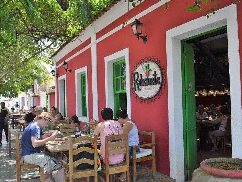 Localizado no centro, o Restaurante Rabanete é bastante elogiado por suas sobremesas e pelo clima caseiro. Foto: TripAdvisor