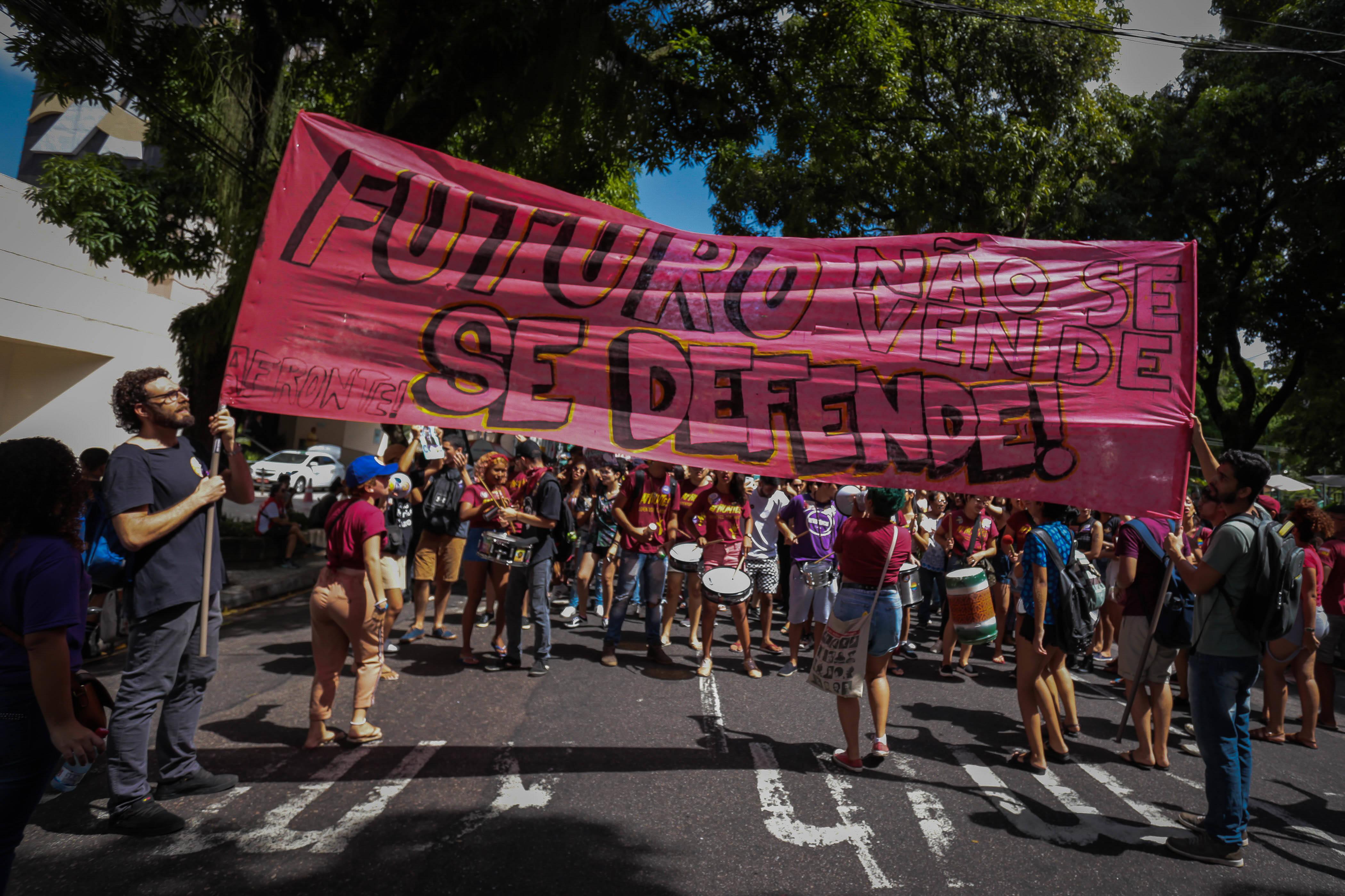 Manifestantes em Belém (PA). Foto: Filipe Bispo/Fotoarena/Agência O Globo