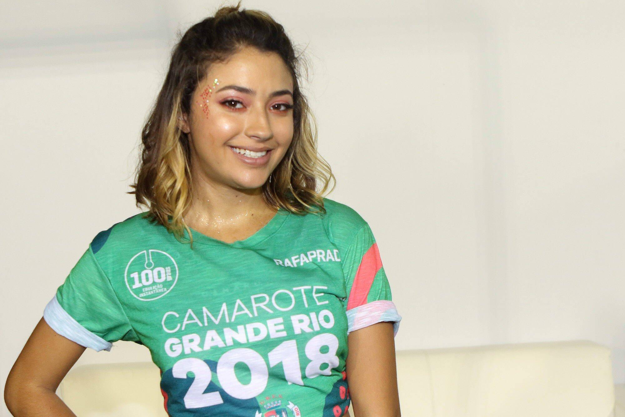 Carol Oliveira no Camarote Grande Rio que se transformou no Cassino do Chacrinha na noite do último domingo (11). Foto: ENY MIRANDA/DIVULGAÇÃO