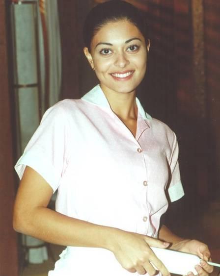 Em 2000, Juliana Paes viveu Ritinha, que ficou grávida de gêmeas mas acabou por morrer no parto. À época, a atriz não era mãe. Ela engravidou pela primeira vez 10 anos depois. Foto: Divulgação / Rede Globo