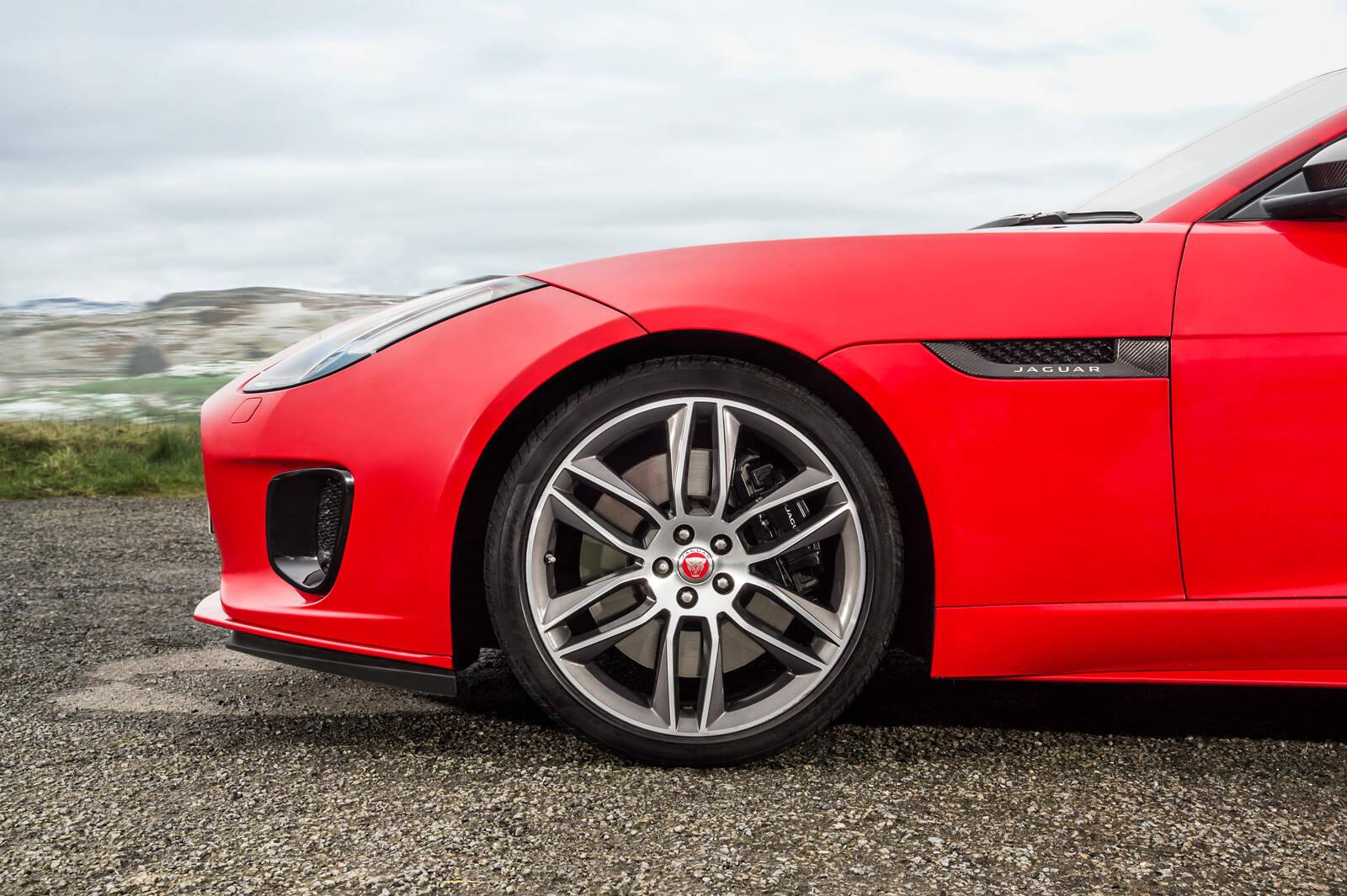 Jaguar F-Type 2.0 . Foto: Divulgação