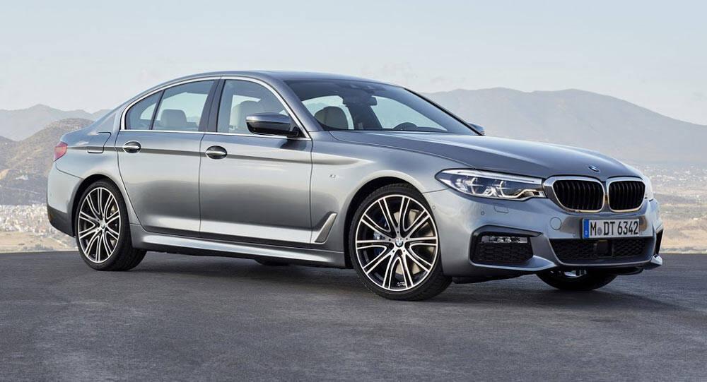 BMW Série 5: O sedã já é vendido aqui e conta com um sofisticado pacote tecnológico que auxilia o condutor e proporciona luxo aos ocupantes. Foto: Divulgação