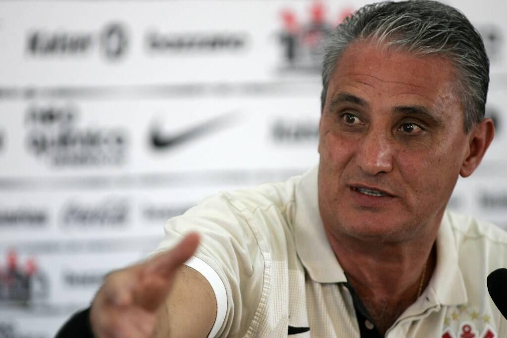 Tite voltou ao Corinthians no dia 20 de outubro de 2010. Ele chegou nas rodadas finais do Brasileirão, após a demissão de Adílson Batista. Foto: SERGIO BARZAGHI / Gazeta Press