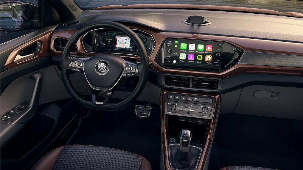 Entre os opcionais do VW T-Cross 2019, destaque para a tela touchscreen de oito polegadas. Foto: Divulgação