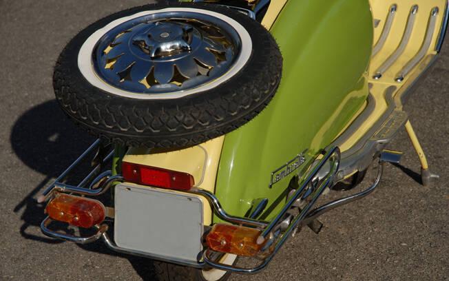 O estepe era uma das conveniências da Lambretta. Foto: Acervo Pessoal / Gabriel Marazzi