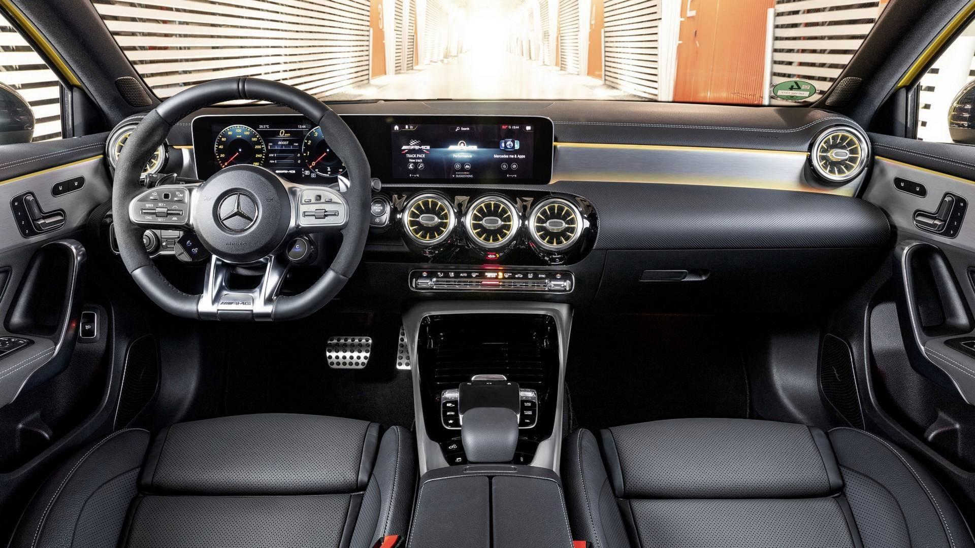 Mercedes-Benz A35 AMG. Foto: Divulgação