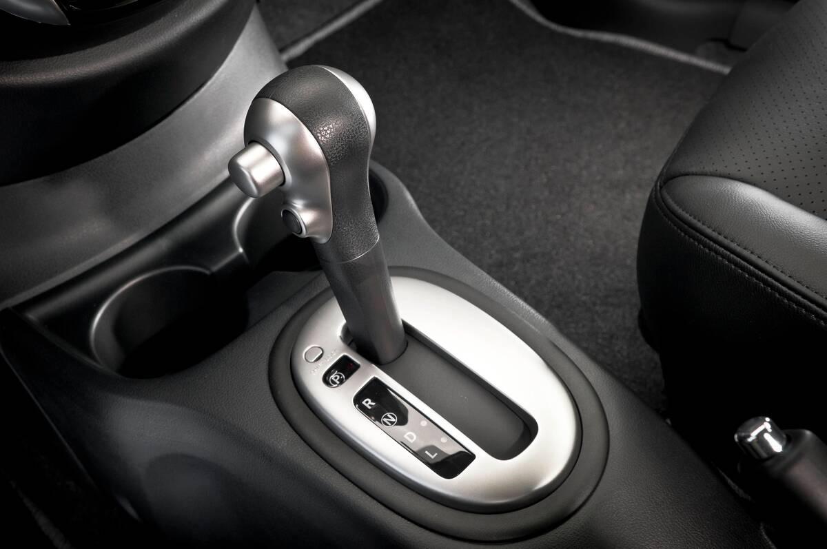 Nissan Versa CVT. Foto: Divulgação