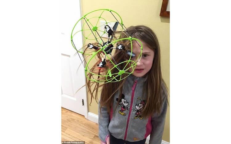 Cuidado também ao brincar com o novo brinquedo! . Foto: Reprodução/Instagram/Reddit
