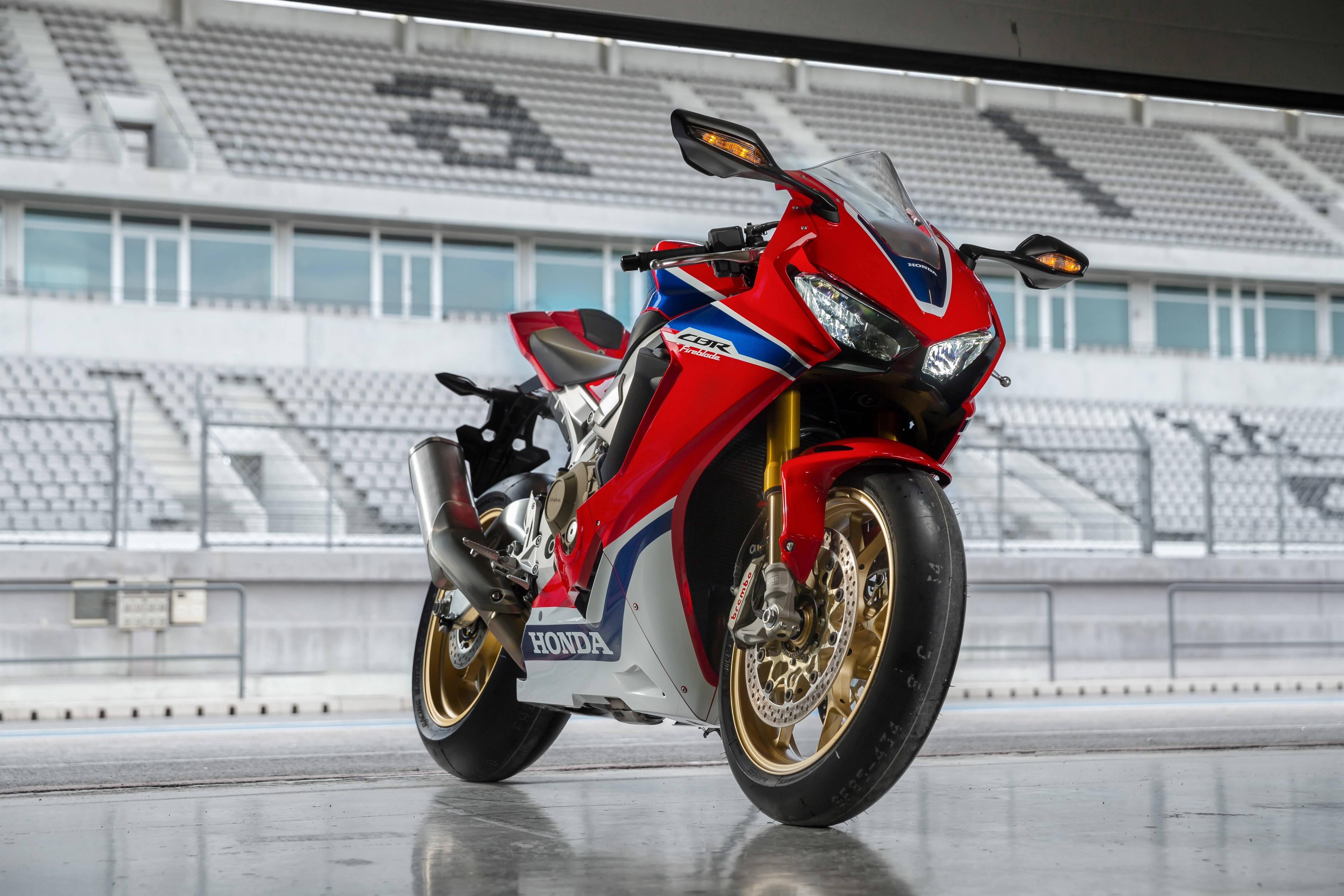 A moto rivaliza com as mais velozes do mercado, sendo uma das mais acessíveis e tradicionais à disposição. Foto: Divulgação