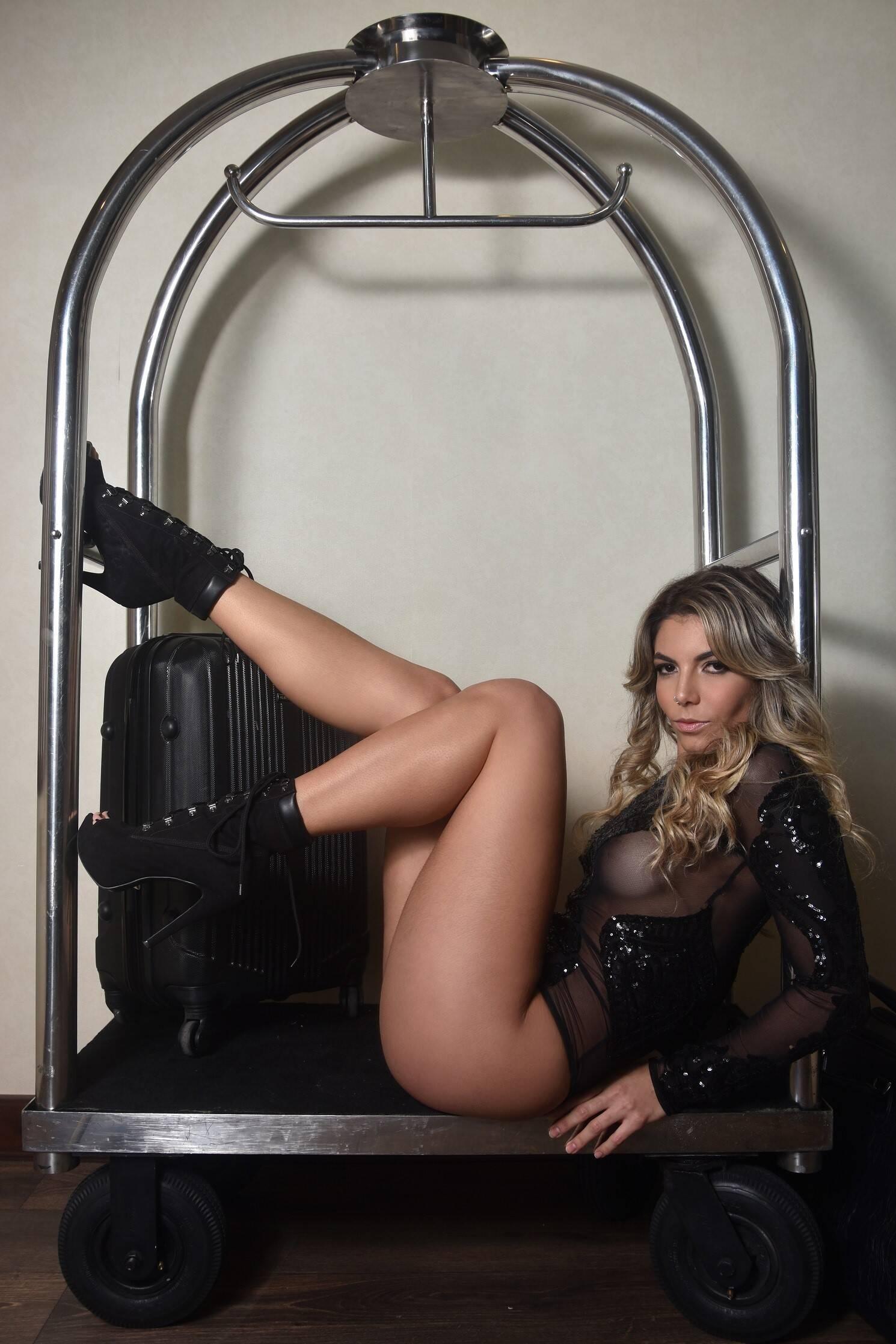 Isa Santana em ensaio para a Diamond Brazil. Foto: Andrea Schaefer/Diamond Brazil