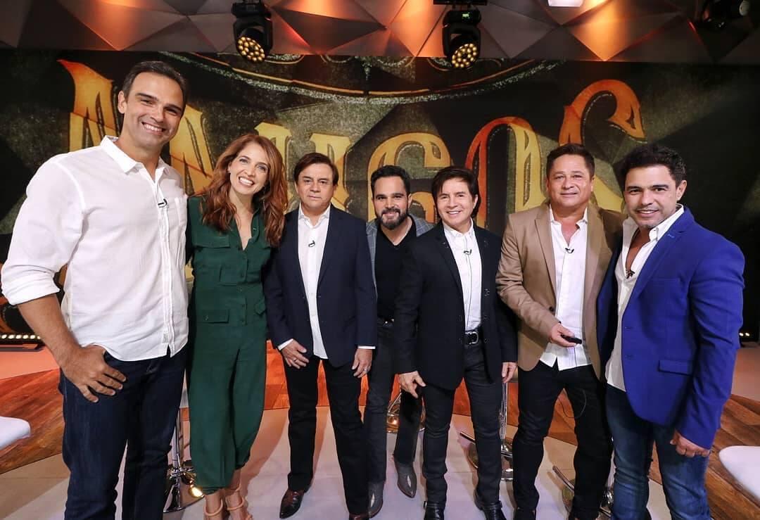 """Sucesso nos anos 90, o projeto """"Amigos"""" com Chitãozinho e Xororó, Zezé di Camargo e Luciano e Leonardo está de volta e o retorno foi anunciado durante o """"Fantástico"""" . Foto: Reprodução/Instagram"""