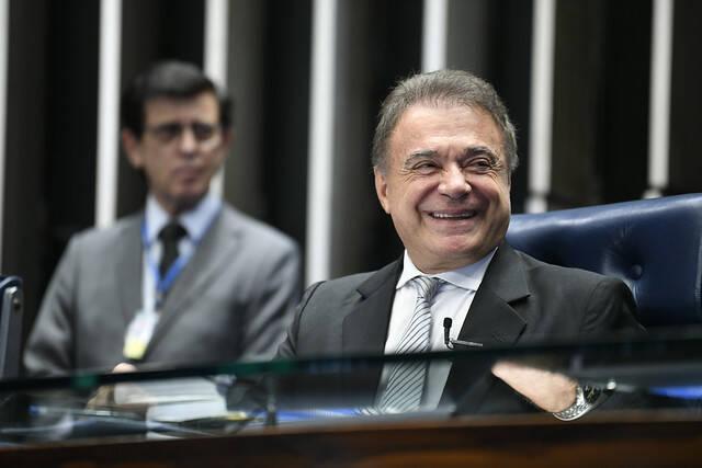 Alvaro Dias. Foto: Agência Senado