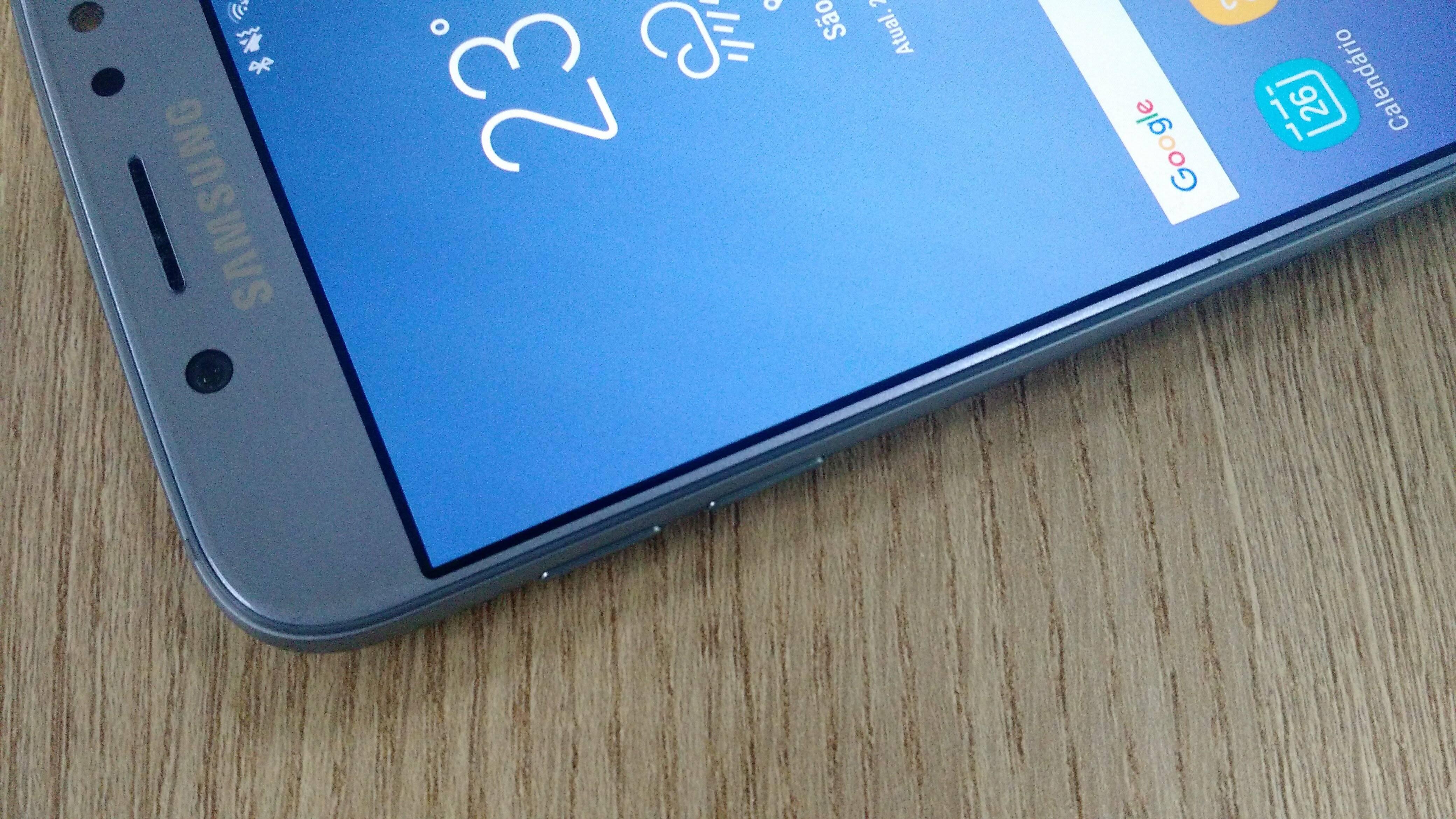 Galaxy J7 Pro conta com tela Full HD de 5,5 polegadas. Foto: Victor Hugo Silva/Brasil Econômico