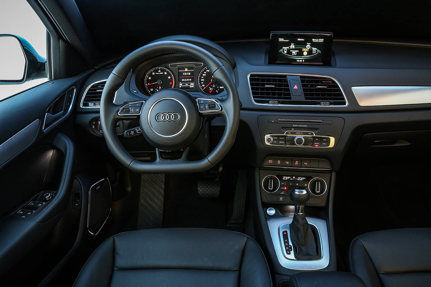 Audi Q3 Black Edition. Foto: Divulgação