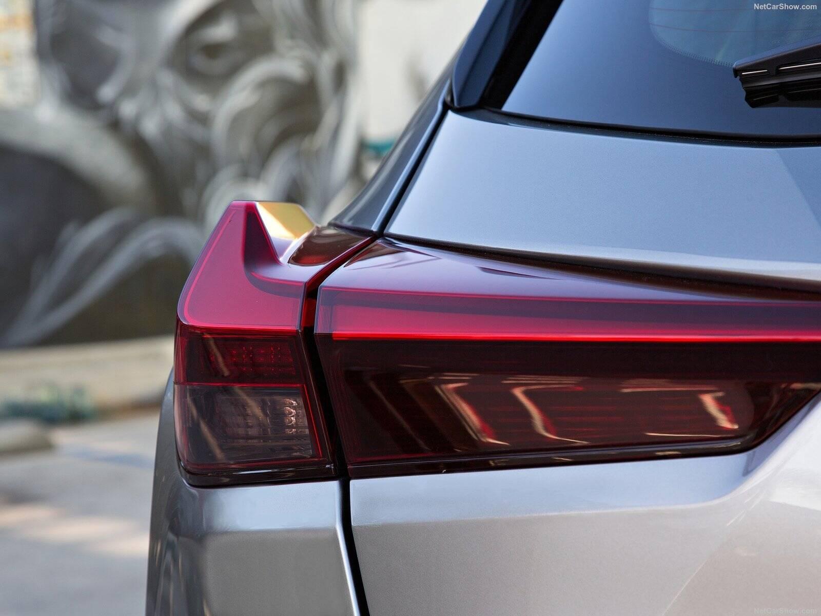 Lexus UX250h. Foto: Divulgação