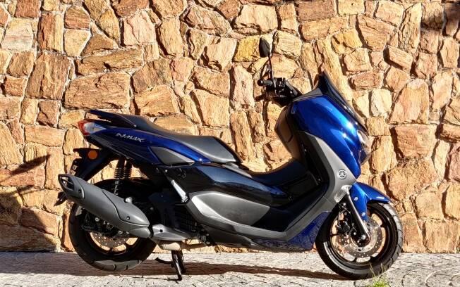 O novo scooter Yamaha NMax ainda pode ser confundido com a geração anterior. Foto: Guilherme Marazzi
