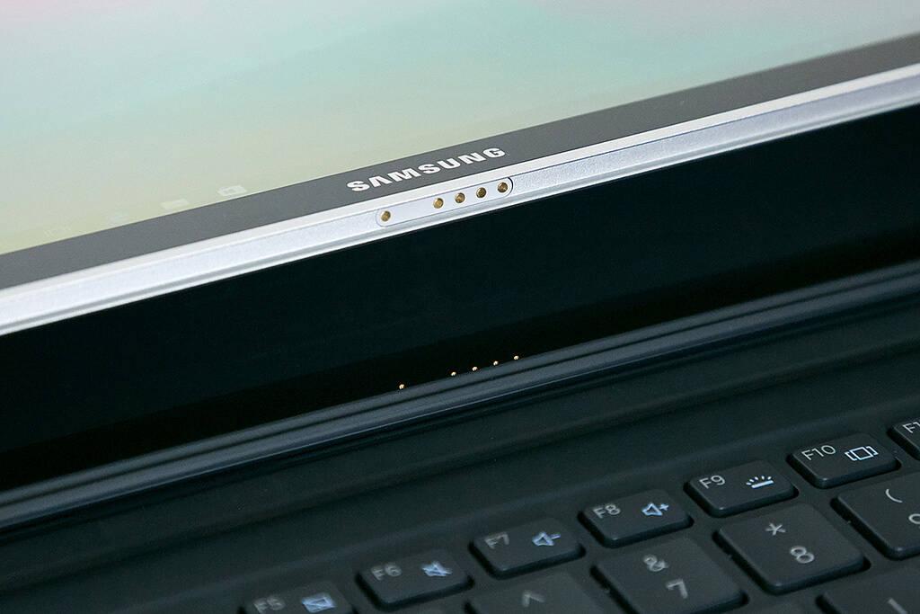 Galaxy Book pode ser usado como tablet ou como notebook por meio de teclado destacável. Foto: Divulgação
