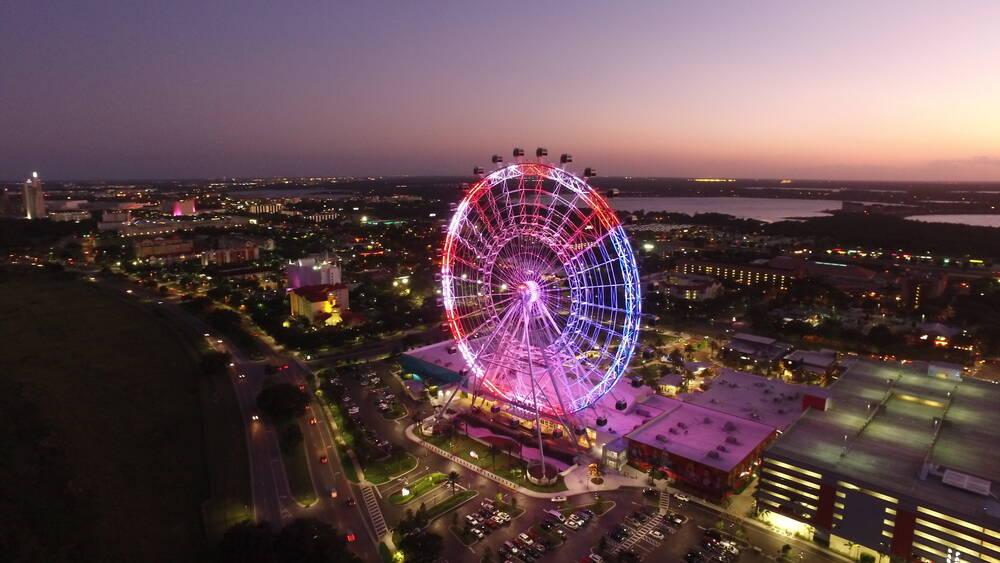 A ICON Orlando, ou Orlando Eye, é uma impressionante roda gigante, com mais de 120 metros de altura. Foto: shutterstock