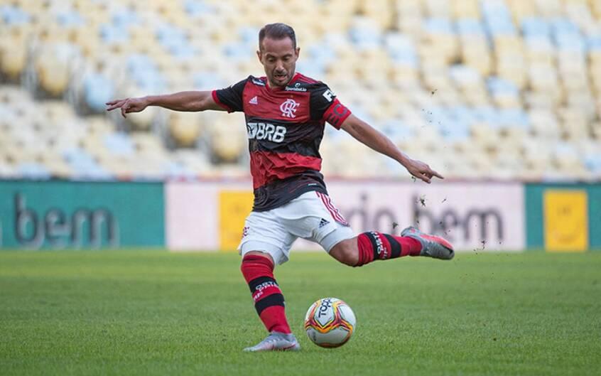 Everton Ribeiro, meia do Flamengo. Foto: Lance!