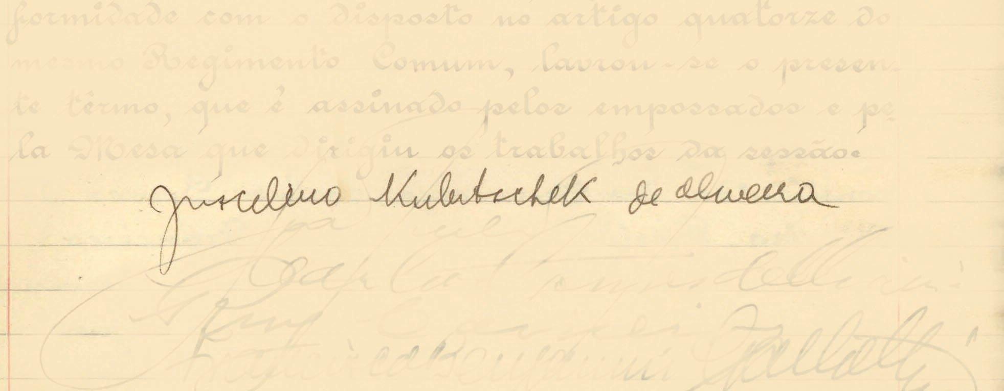 Juscelino Kubitschek tomou posse em 31 de janeiro de 1956, já com um novo livro de posse. Foto: Reprodução / Senado Federal