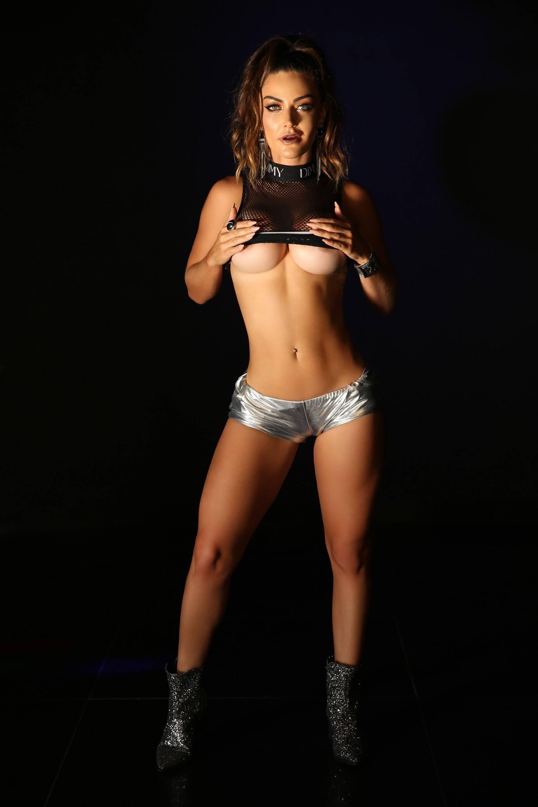Laura Keller em ensaio sensual para o Diamond Brazil. Foto: Davi Borges/ Diamond Brazil