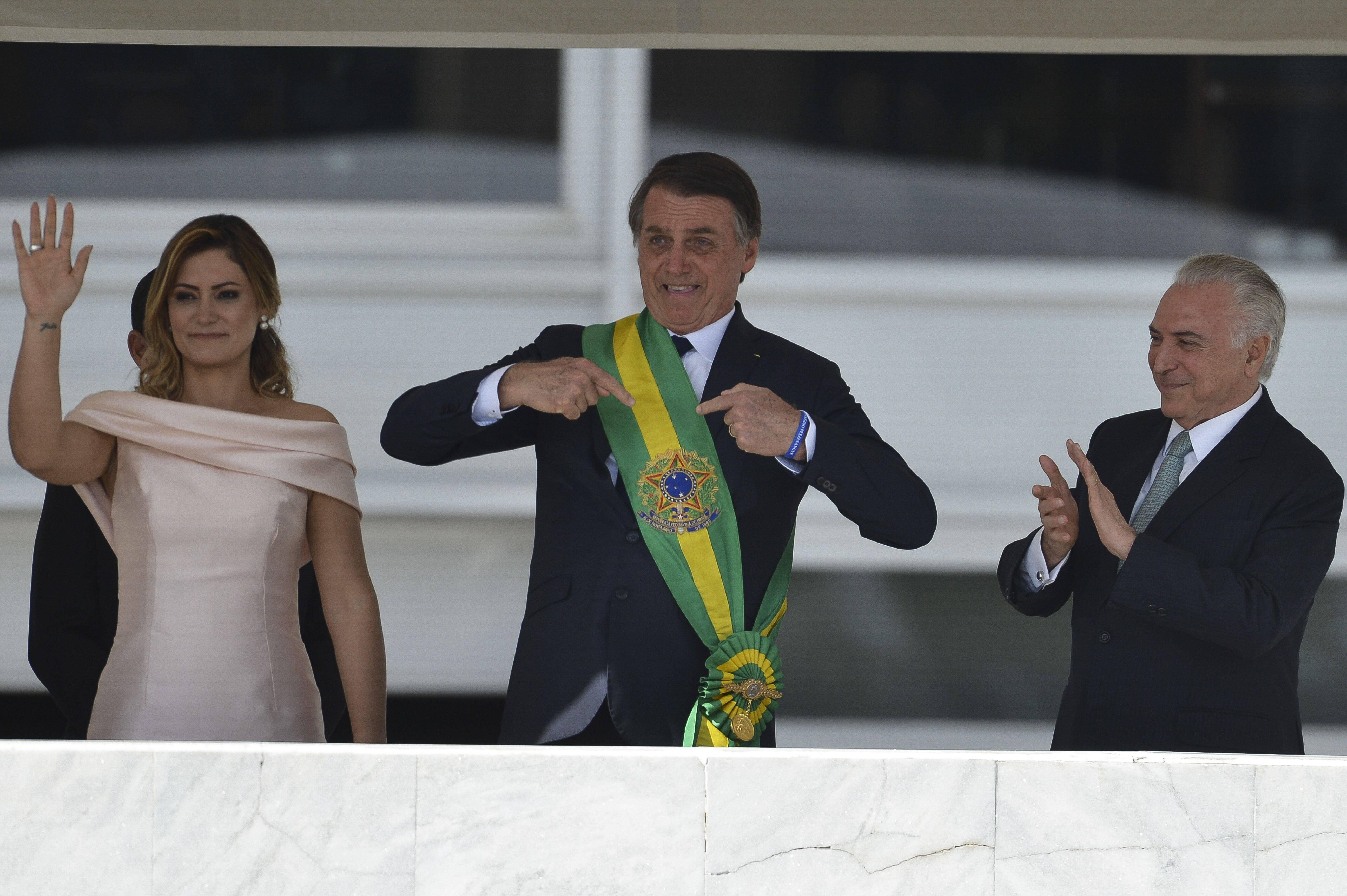 Jair Bolsonaro recebeu a faixa presidencial de Michel Temer no parlatório do Palácio do Planalto. Foto: Marcelo Camargo/Agência Brasil - 1.1.19