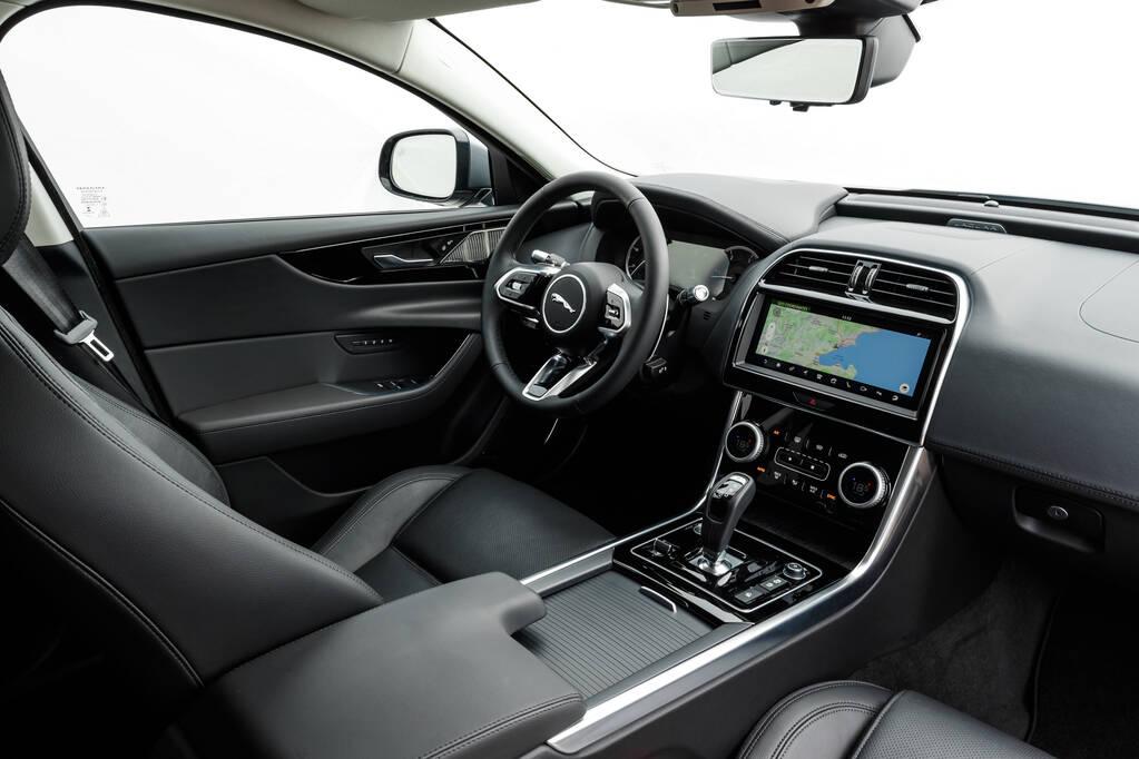 Jaguar XE 2020. Foto: Divulgação
