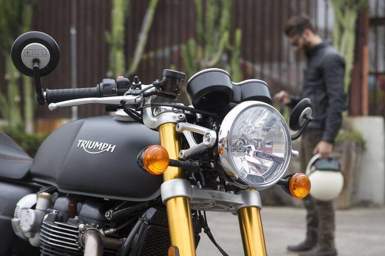 Triumph Thruxton R. Foto: Divulgação