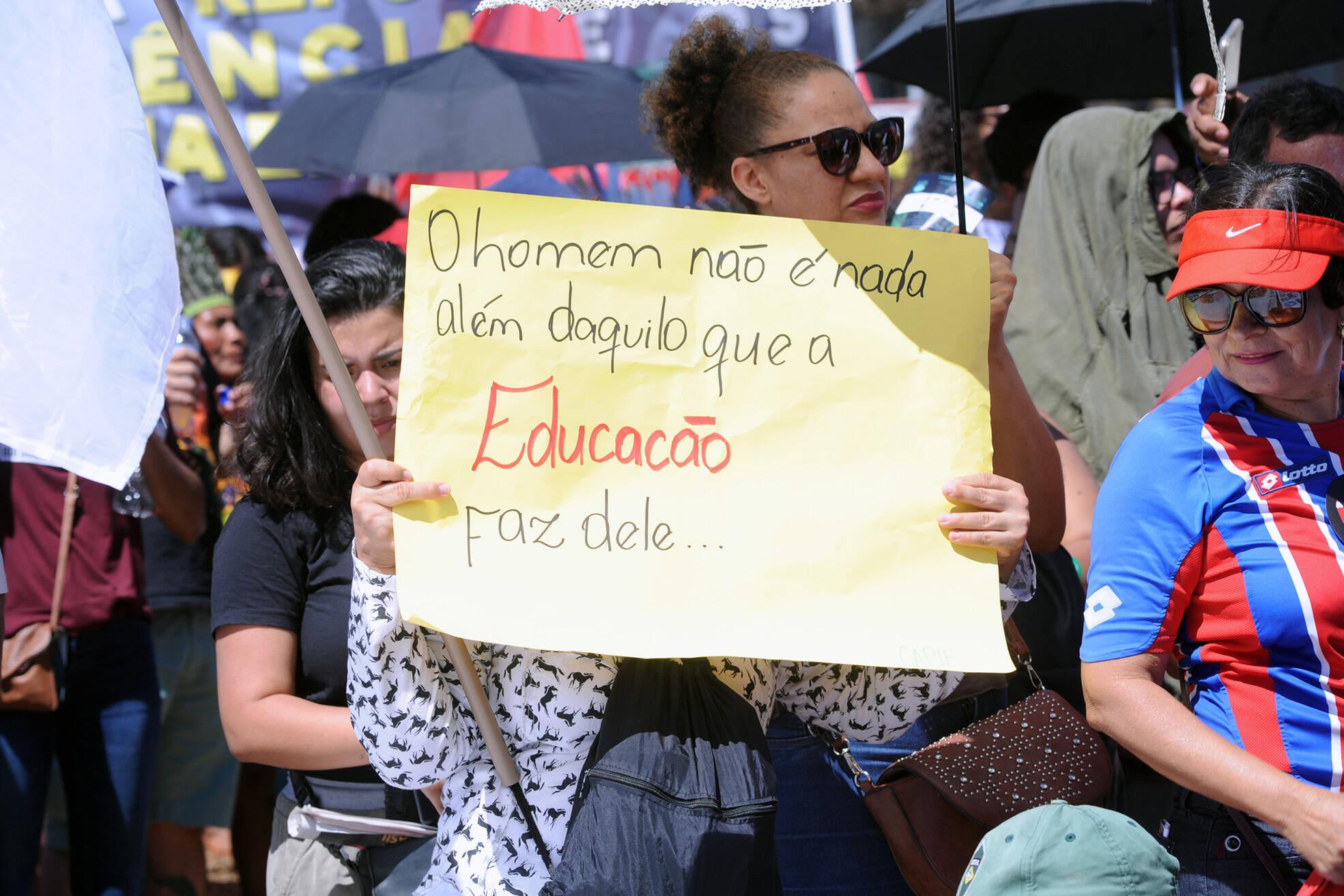 Manifestantes em Brasília. Foto: Cleia Viana/Agencia Câmara - 13.8.19