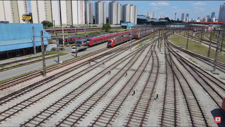 O pátio de trens da estação Presidente Altino, da CPTM, também aparece no filme. Foto: Reprodução/CPTM