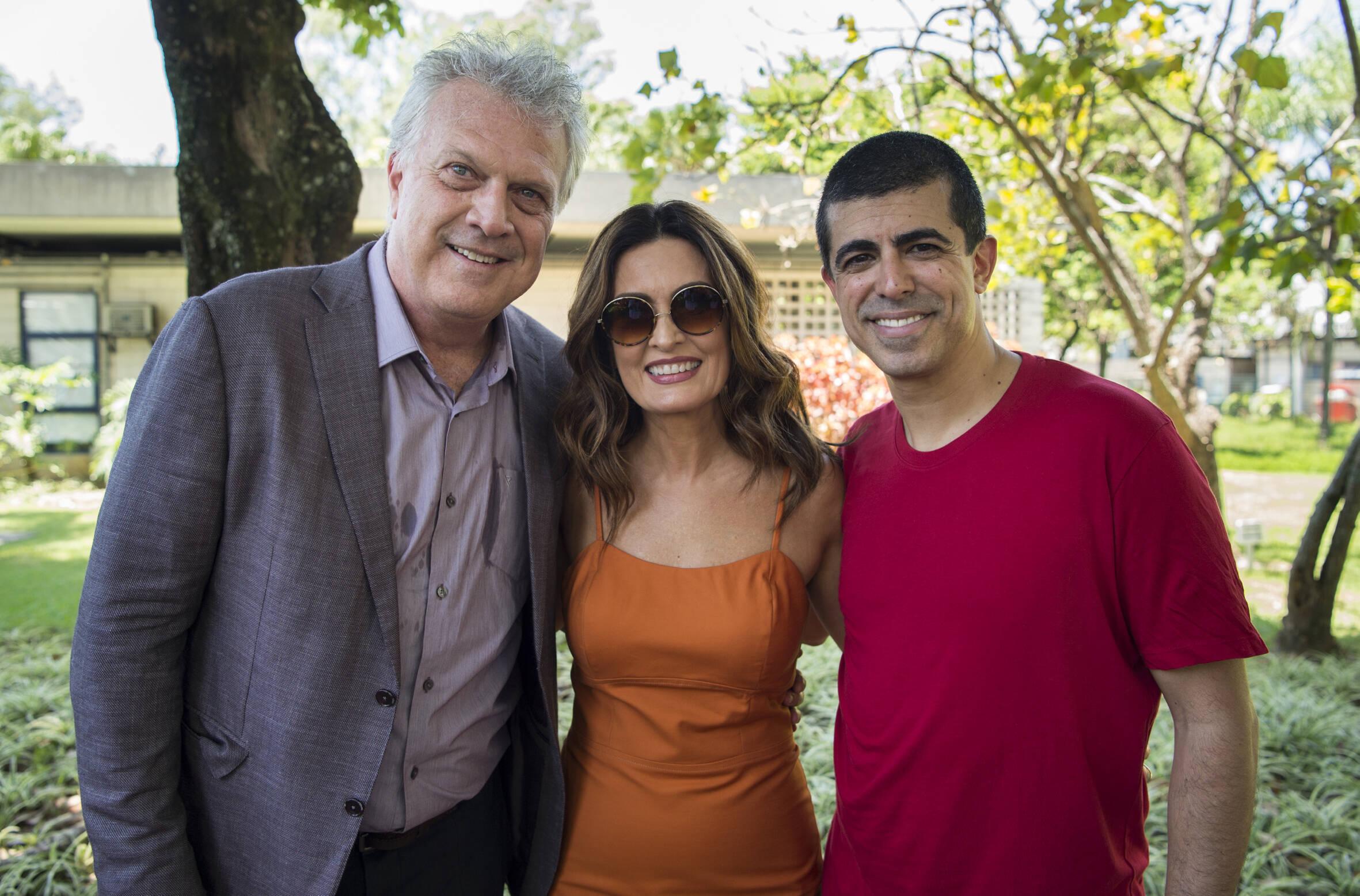 """""""Tá no Ar"""" termina seu último episódio com cortejo fúnebre . Foto: Divulgação / Rede Globo"""