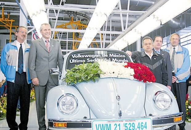 Última unidade do VW Fusca produzida no México. em 2003. Foto: ANDREW WINNING/AP Photo