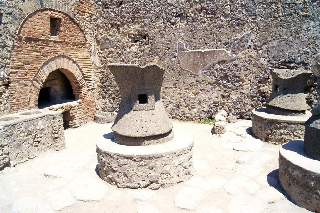 Forno de uma padaria em Pompeia. Foto: Pinterest