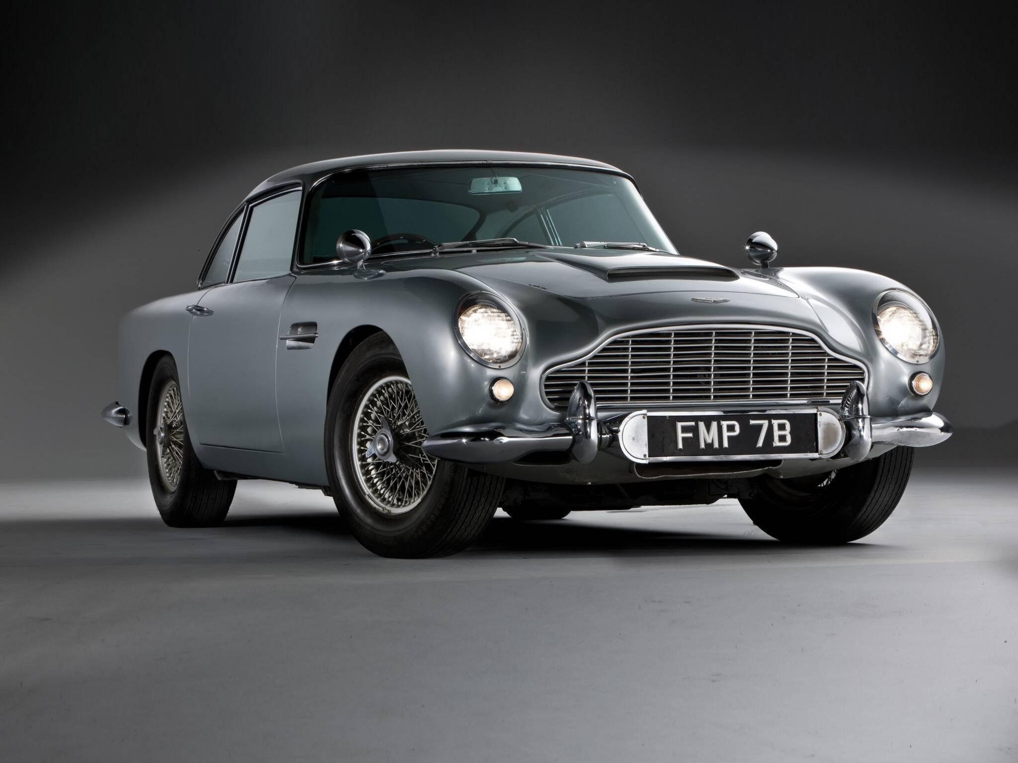 """Aston Martin DB5 do filme """"Goldfinger"""", do agente secreto James Bond. Foto: Divulgação"""