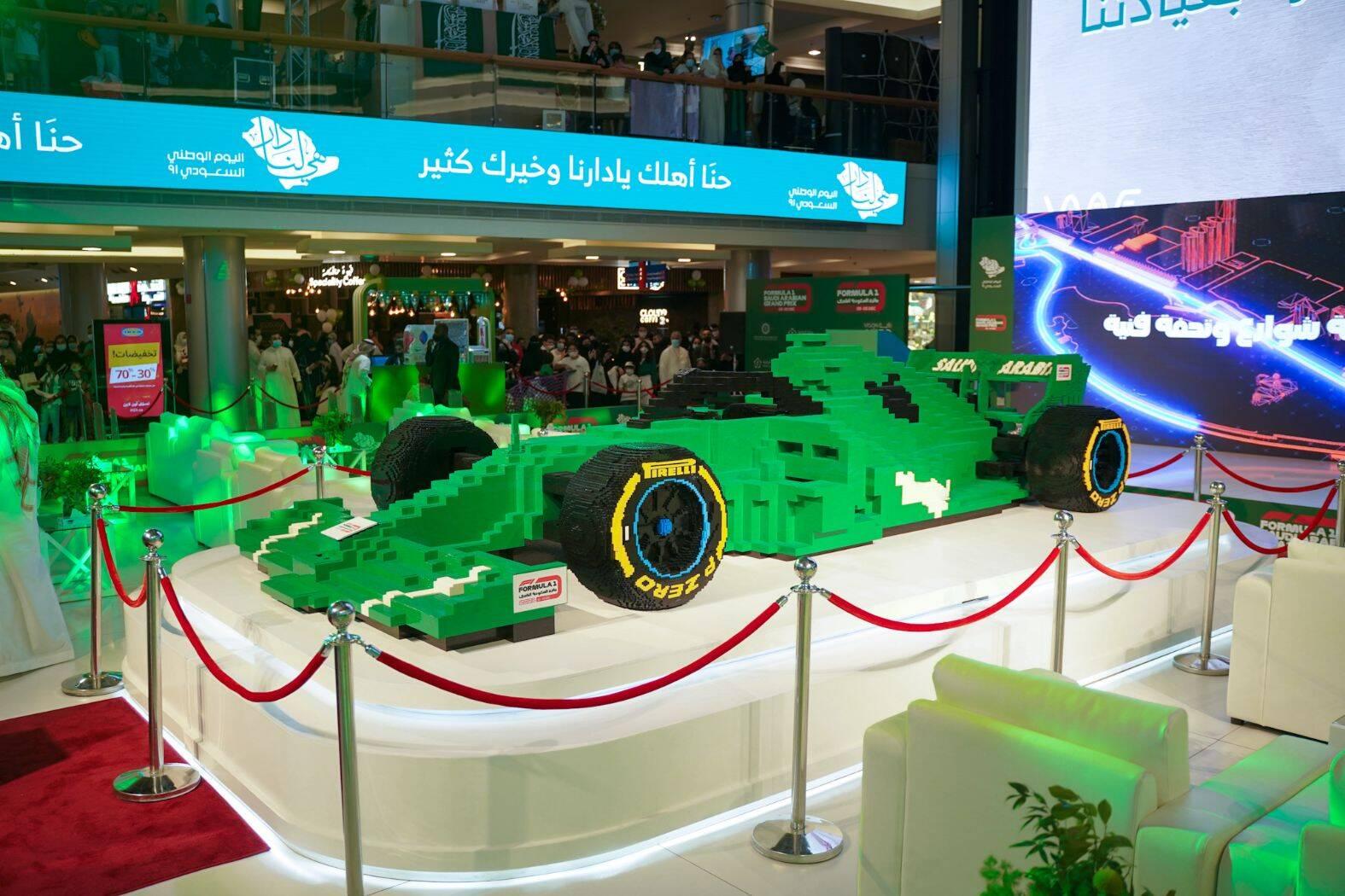 O maior carro de F-1 do mundo da Lego. Foto: Divulgação