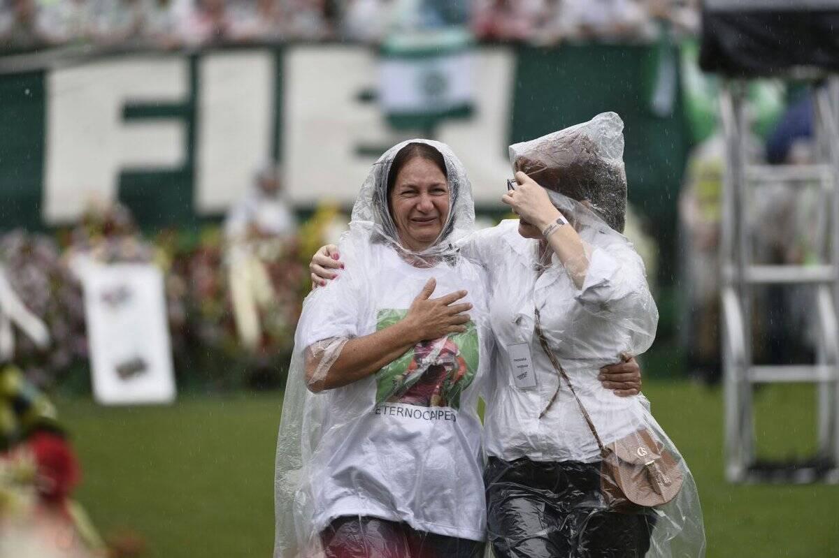 Dona Alaíde, mãe do goleiro Danilo. Foto: Reprodução/Correio Braziliense/Breno Fortes