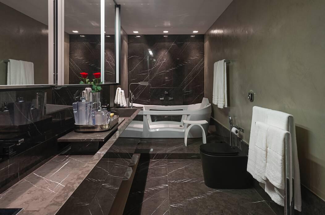 E que tal uma banheira com um estilo diferenciado? Mais um projeto da Estela Netto. Foto: Estela Netto