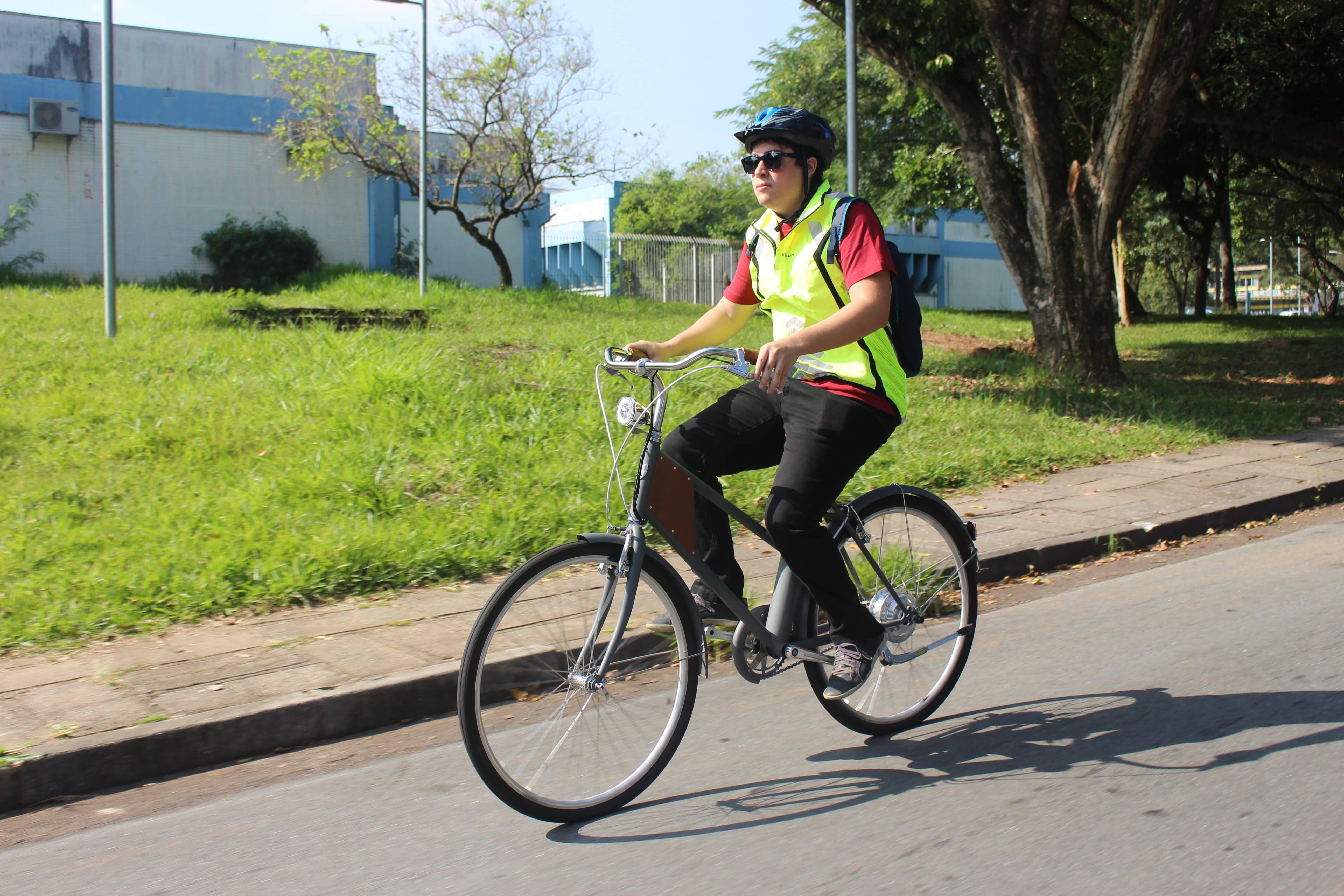 Bike elétrica. Foto: Cauê Lira/iG Carros