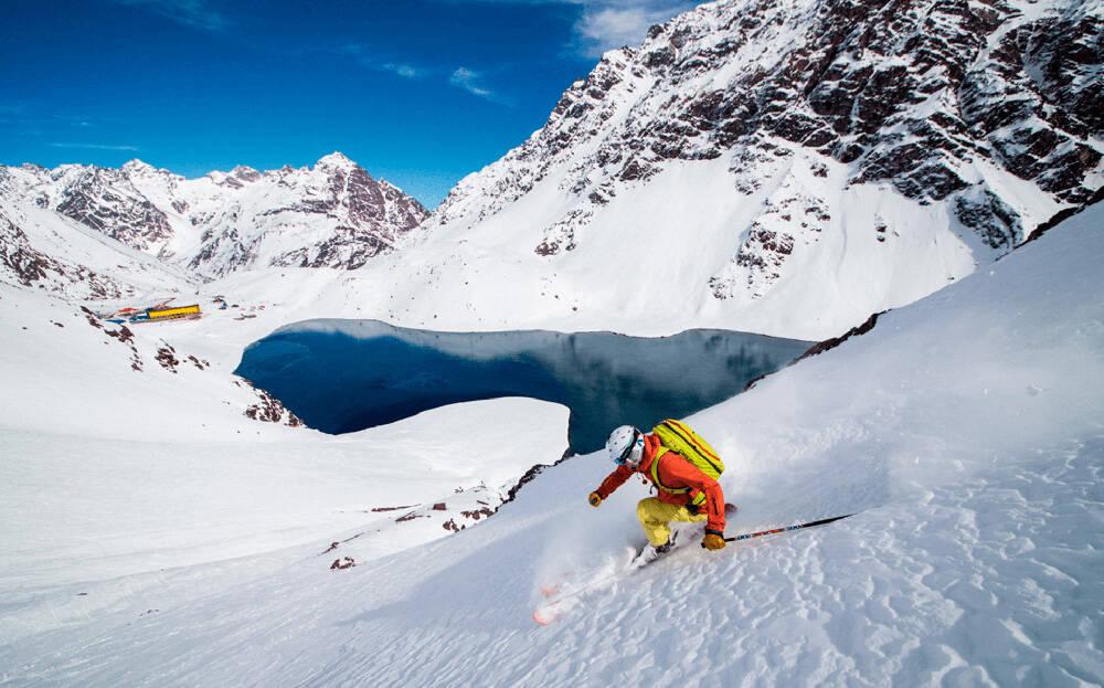 A estação de esqui Portillo fica a 164 km de Santiago, no Chile . Foto: Divulgação