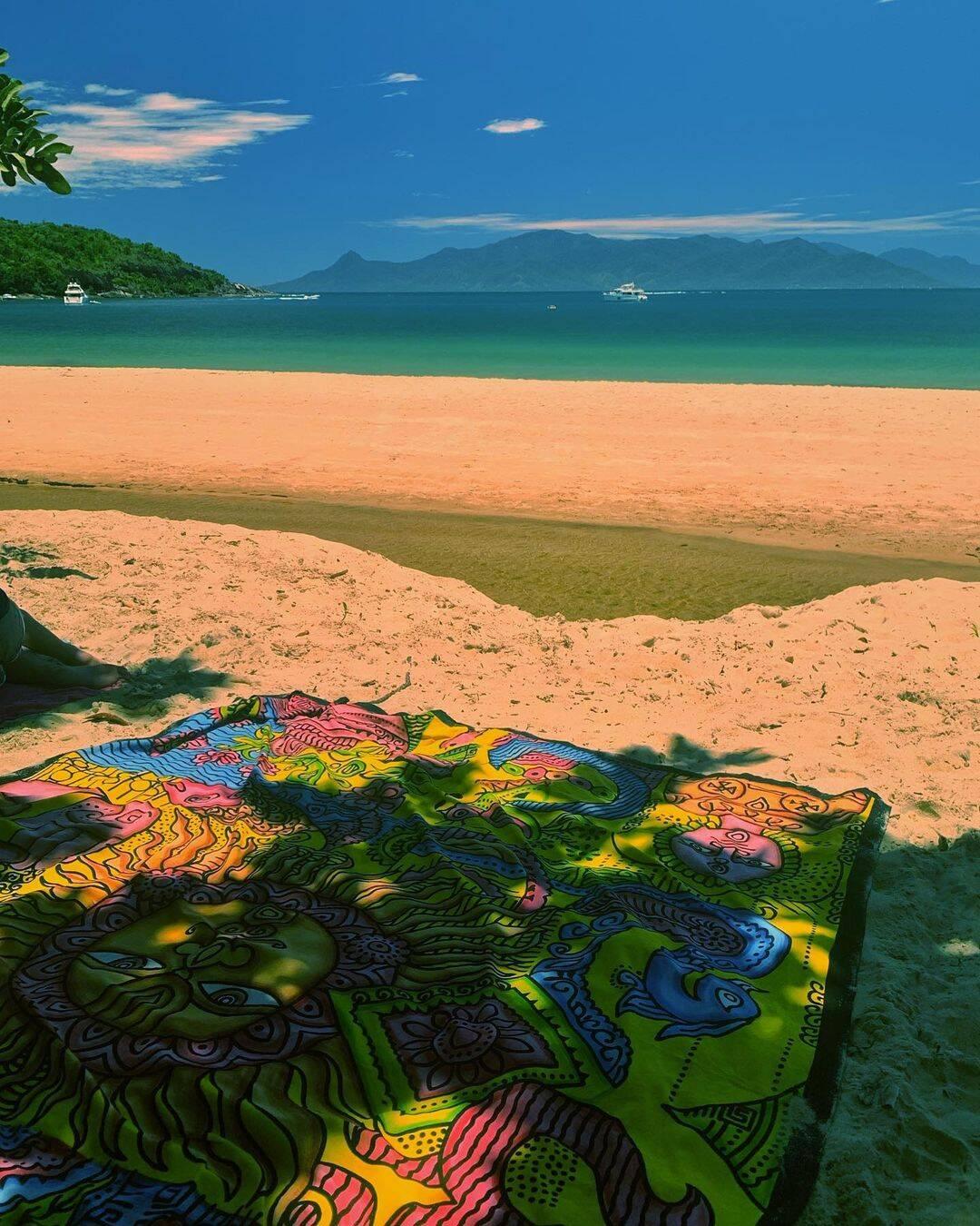 A praia de Ponta Aguda é vista como um local de paz e descanso. Foto: Reprodução/Instagram
